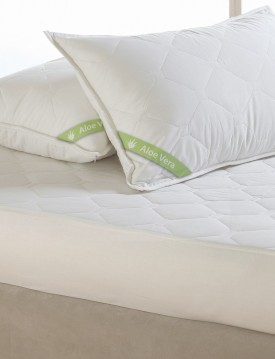ALOE VERA PILLOWCASE